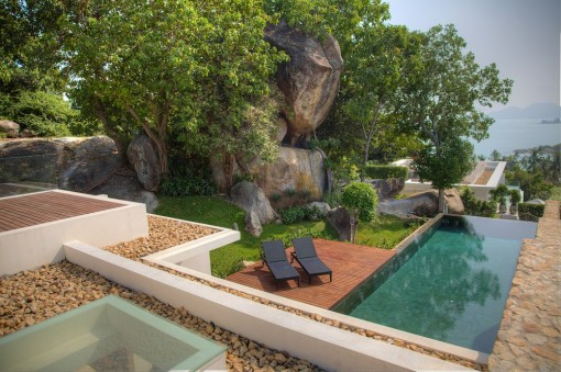 Exotic Holiday Villa in Thailand Built Around Natural Rock Formations